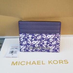 FINAL Sale: Michael Kors Jet Set  ID/Card